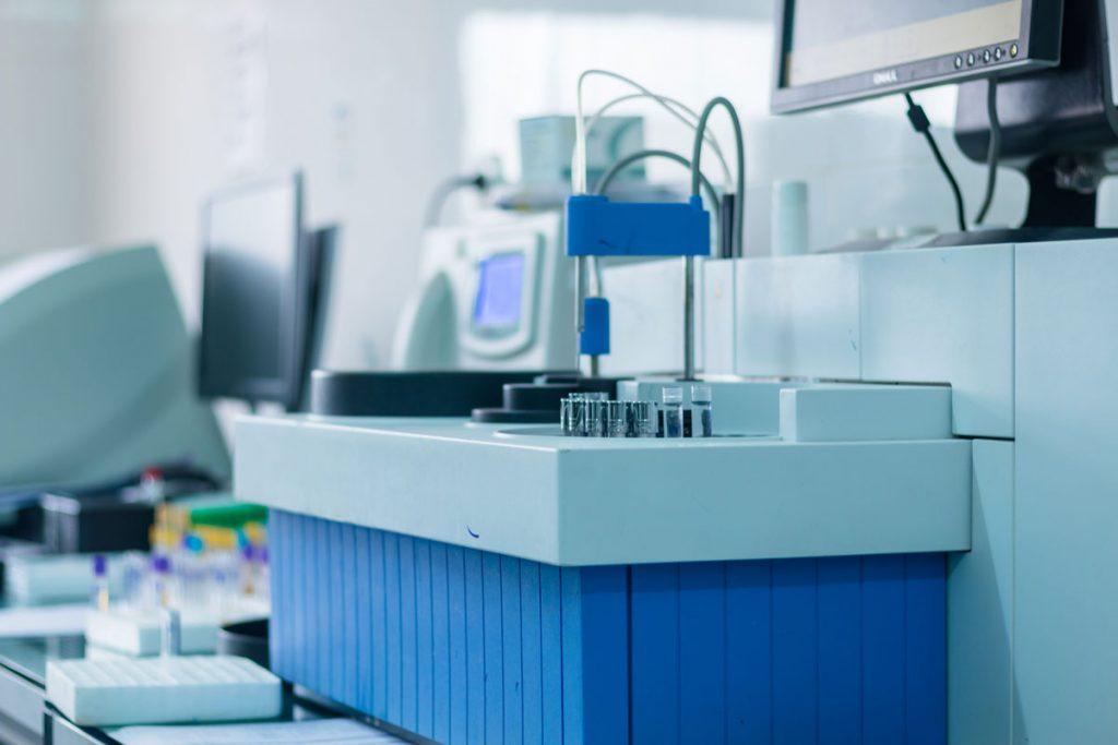 Laboratoire-Biologie-Medicale-3
